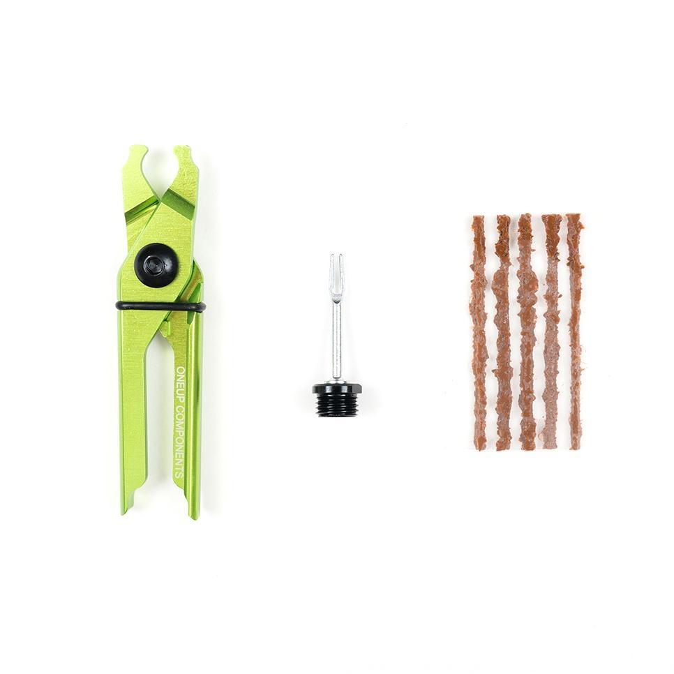 OneUp OneUp EDC plug and pliers kit