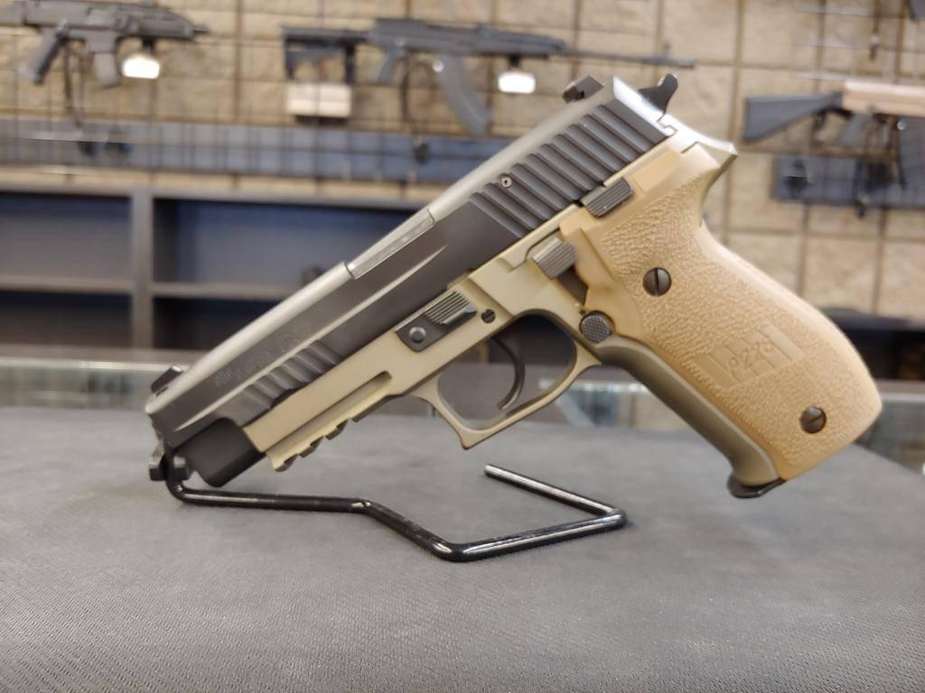 "SIG USA SIG P226 Combat 9mm 4.4 """