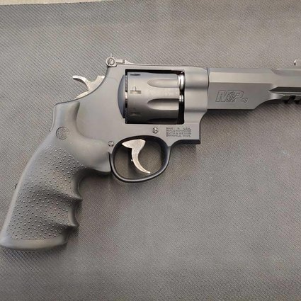 S&W M&PR8 .357 Mag 8-Shot Revolver