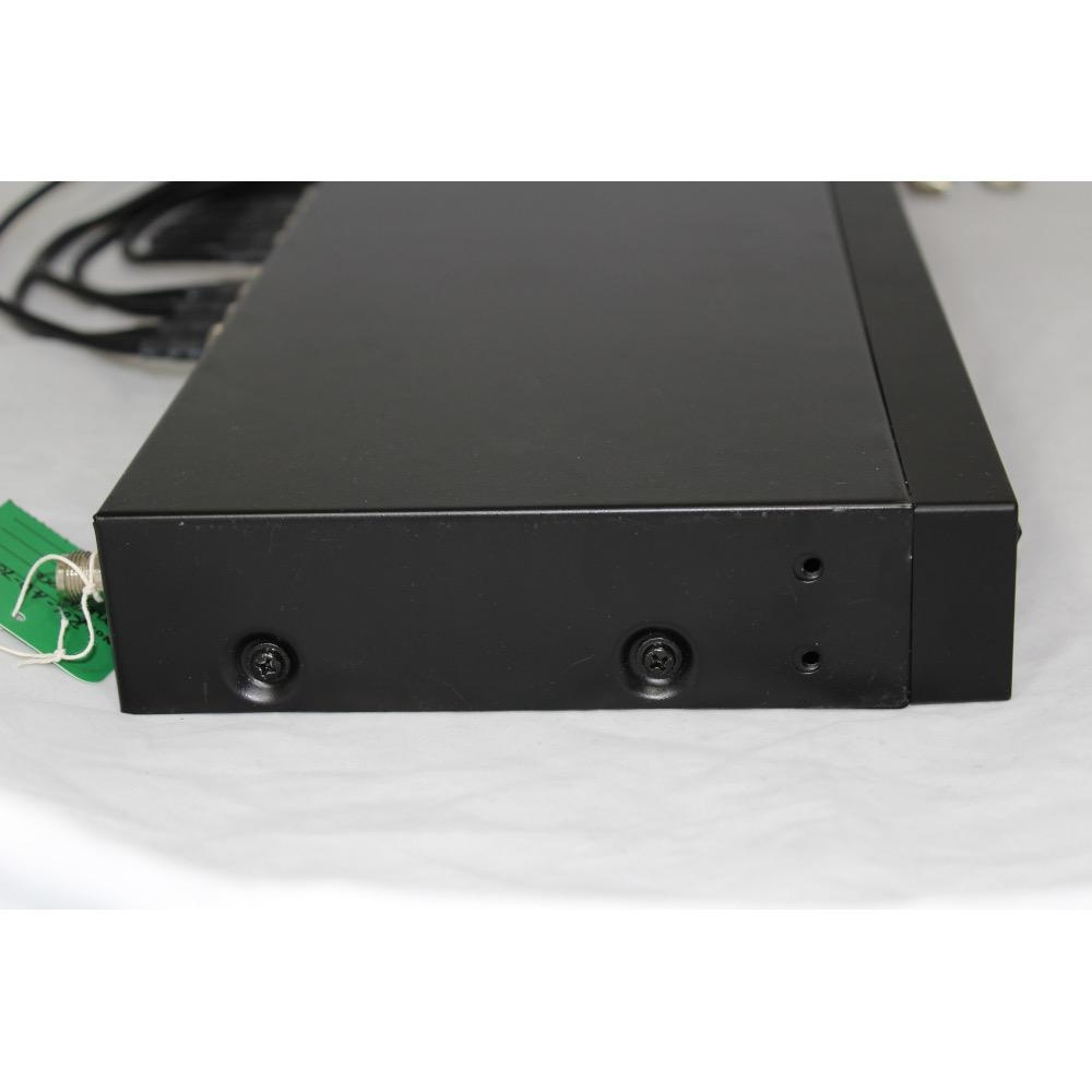 MIPRO AD-707-6B UHF 4-channel antenna divider. 644-668 MHz. Includes rack-mounting hardware and power supply.