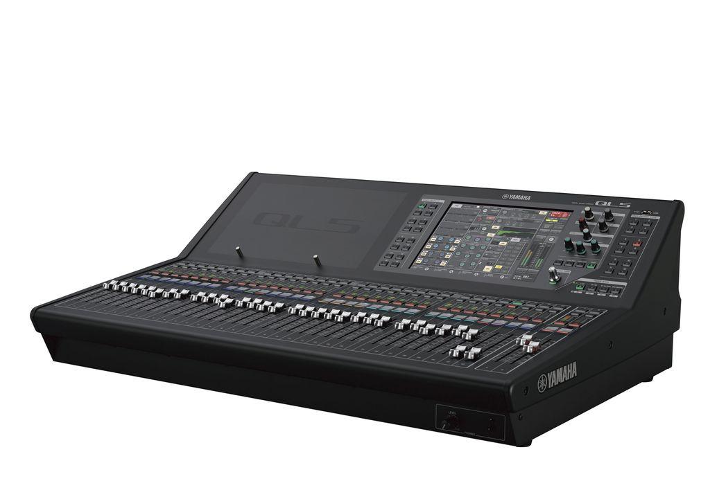 Yamaha Yamaha QL5 Digital Mixing Console