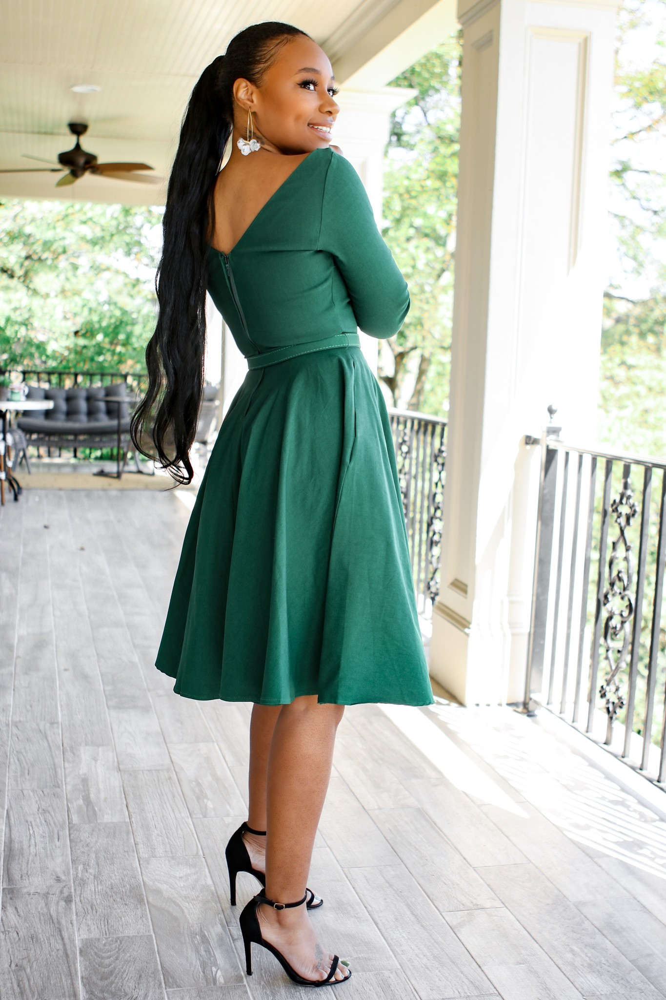 Unique Vintage 1950s Style Emerald Green Stretch Sleeved Devon Swing Dress