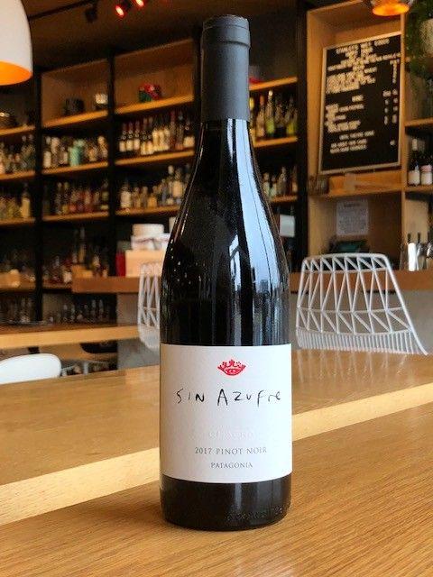Bodega Chacra 2017 Bodega Chacra Pinot Noir Sin Azufre 750ml