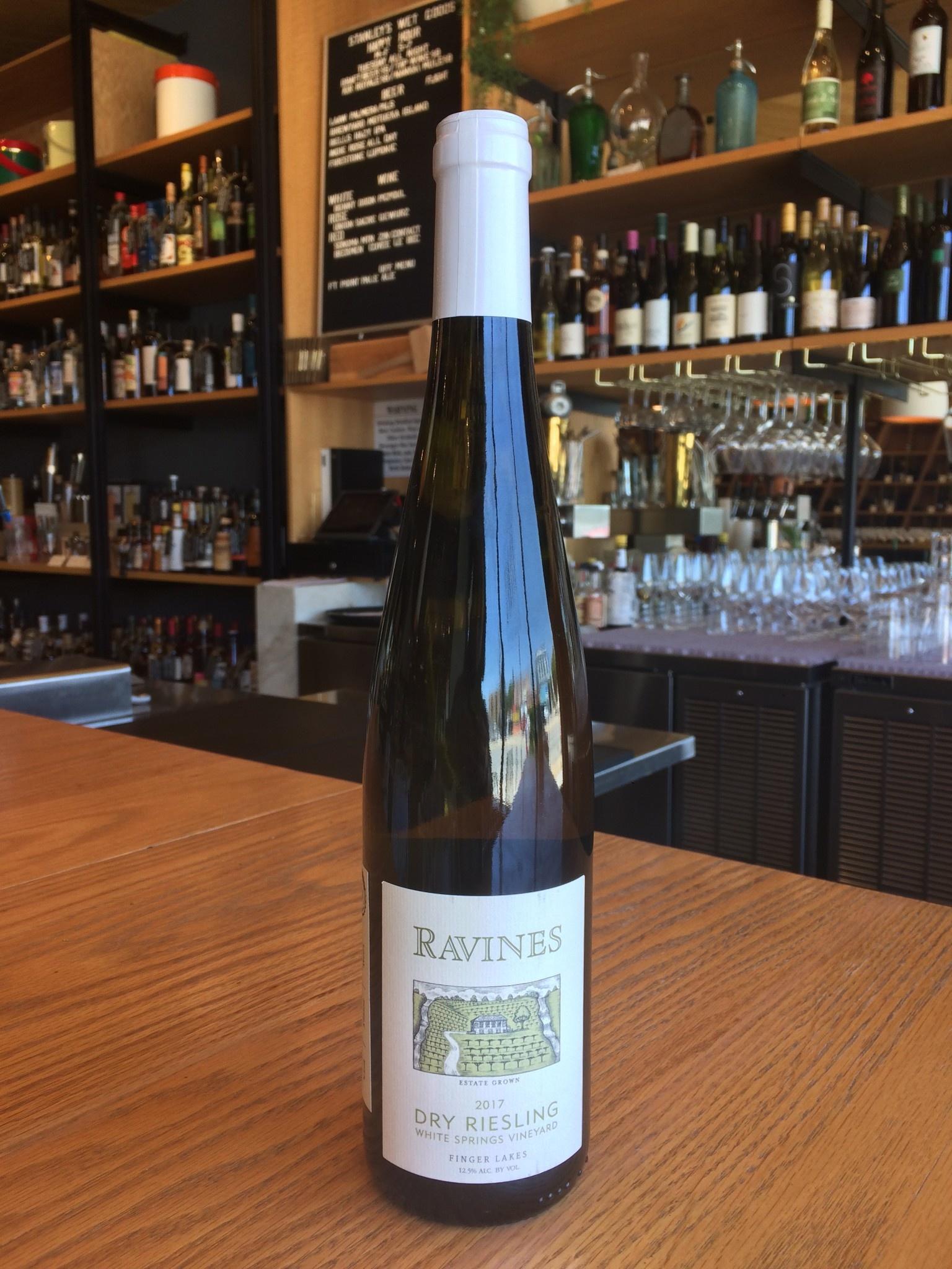 Ravines Wine Cellars 2017 Ravines Dry Riesling White Springs 750ml