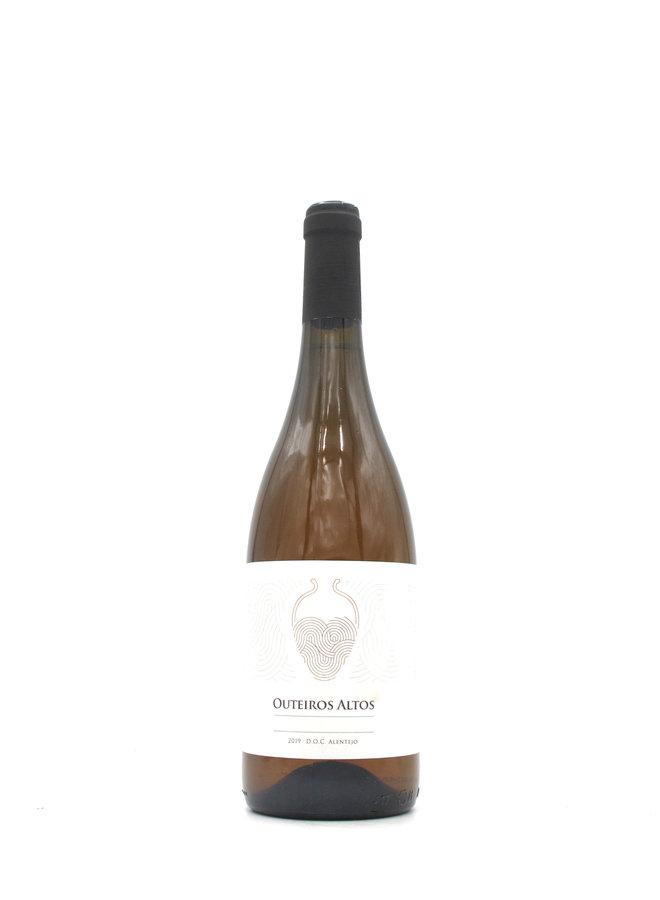 2019 Herdade dos Outeiros Altos 'Vinho de Talha' White 750ml