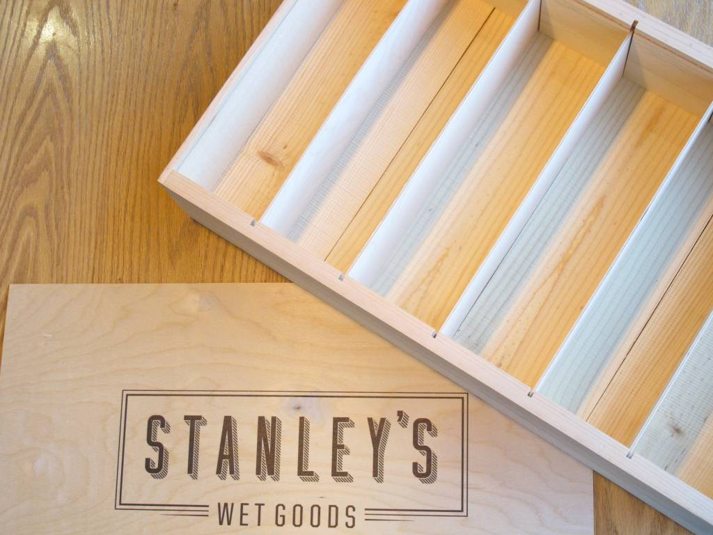 Poole & Sons Stanley's Wood Gift Box Six Bottle