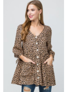 ENTRO Cheetah print scoop-neck button-up tunic top