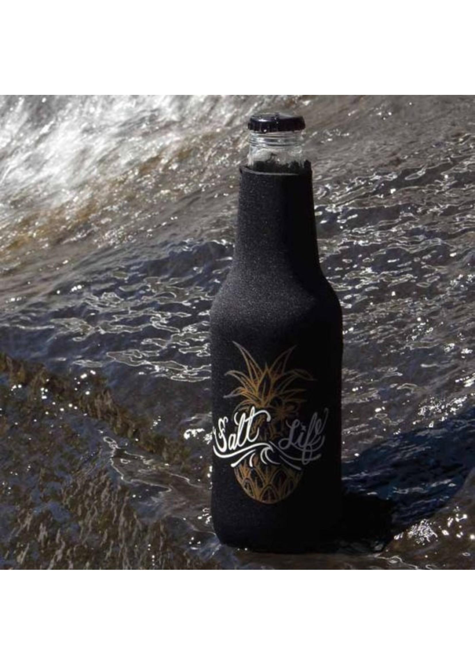 Salt Life Signature Pineapple Bottle Holder