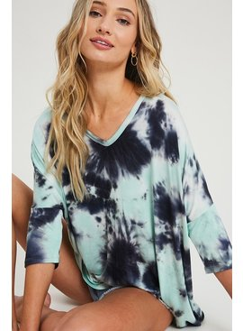 EE:SOME V-Neck Tunic Top