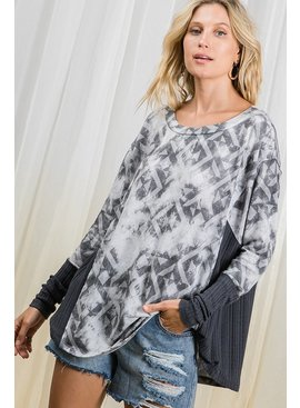 Contrast Details Print Tunic Top