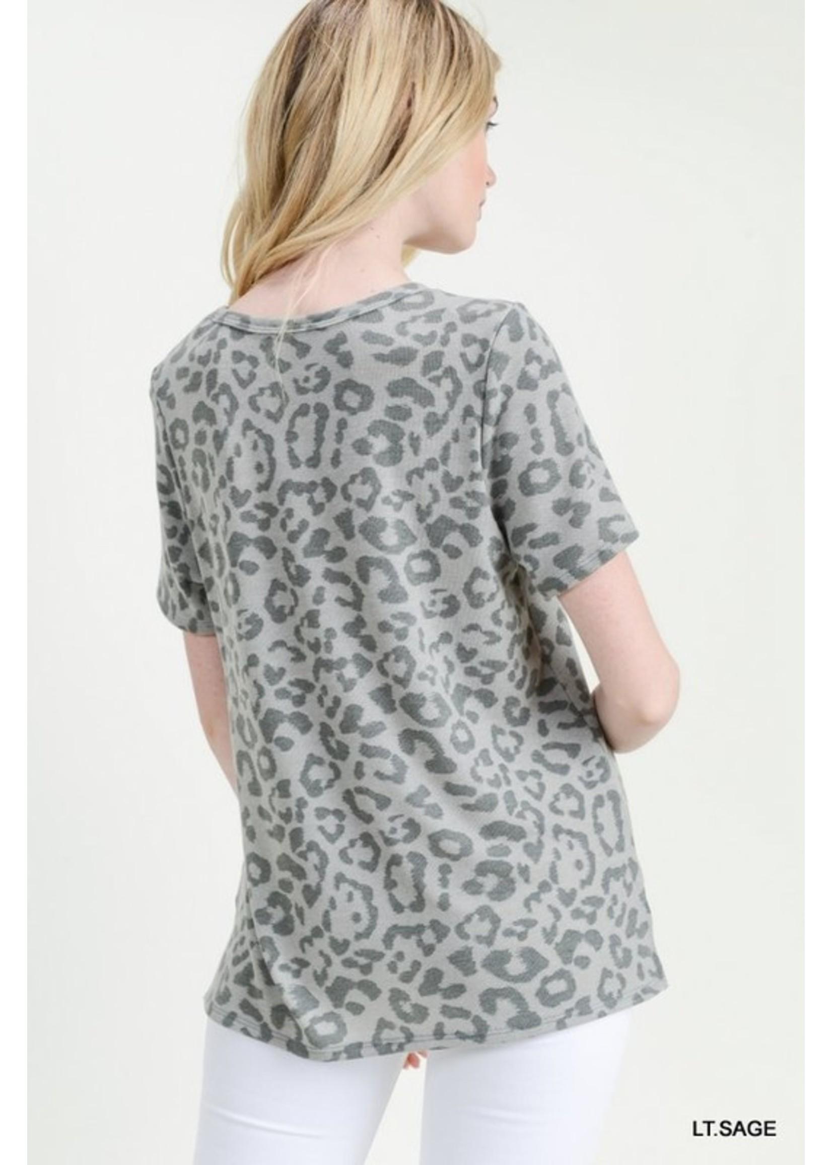 Jodifl Monochromatic Leopard Print Keyhole Top