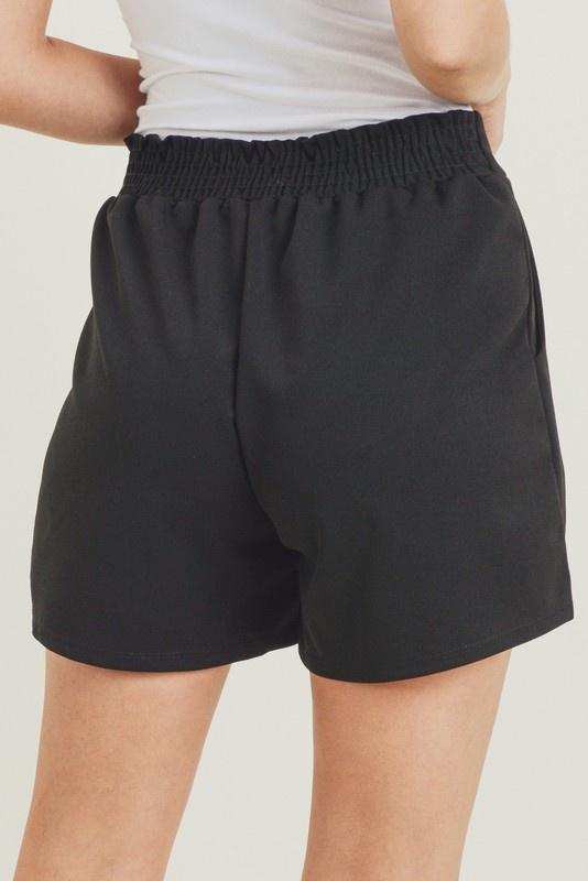Jodifl Solid Pleated Shorts