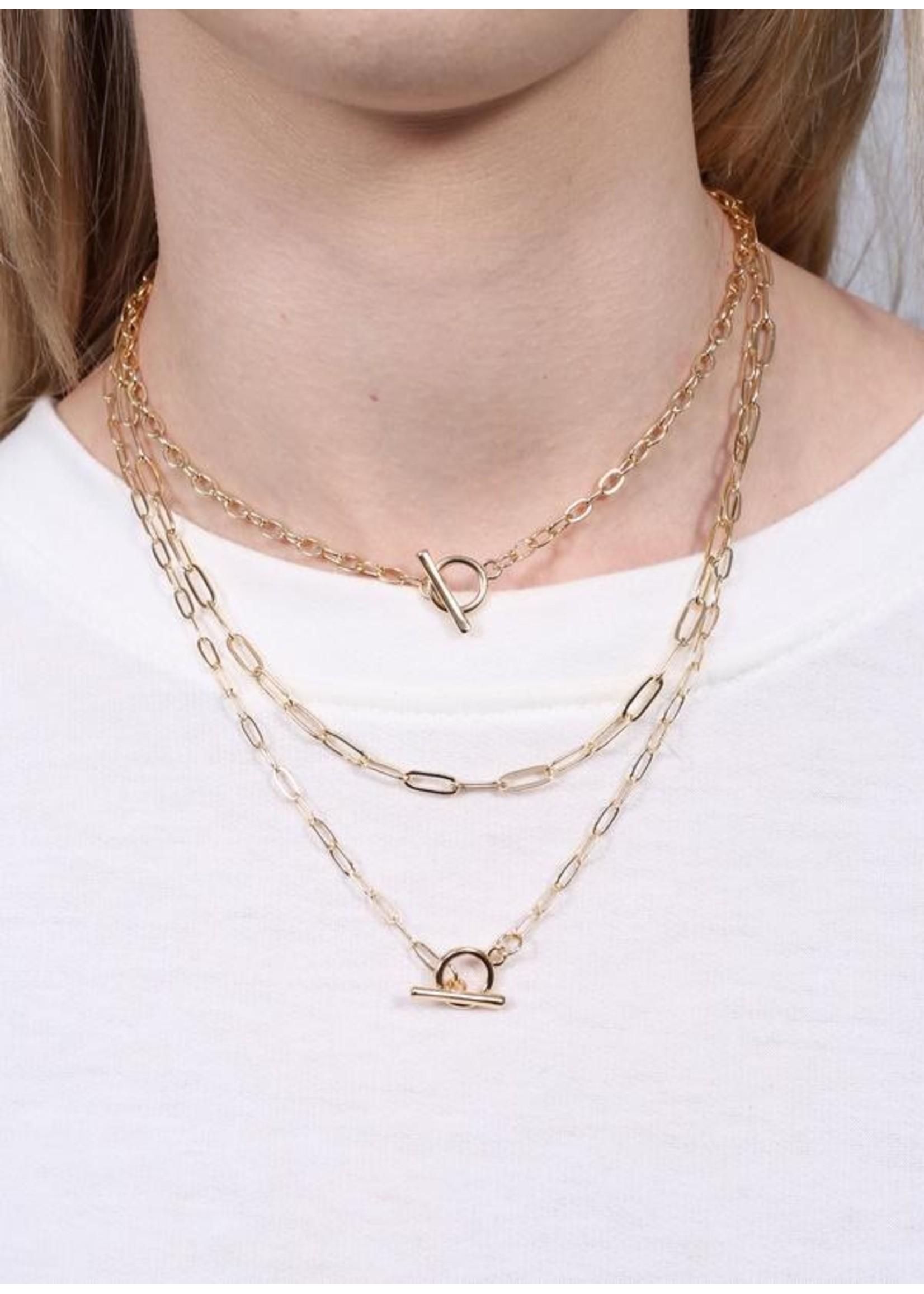Laraine triple layered toggle necklace gold