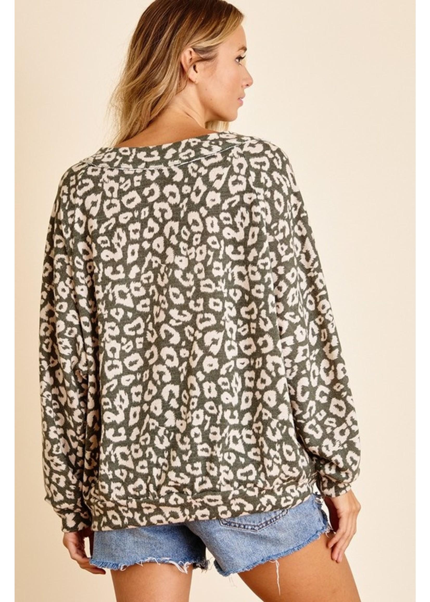 Ces Femme Print Raw Edge Long Sleeve Top