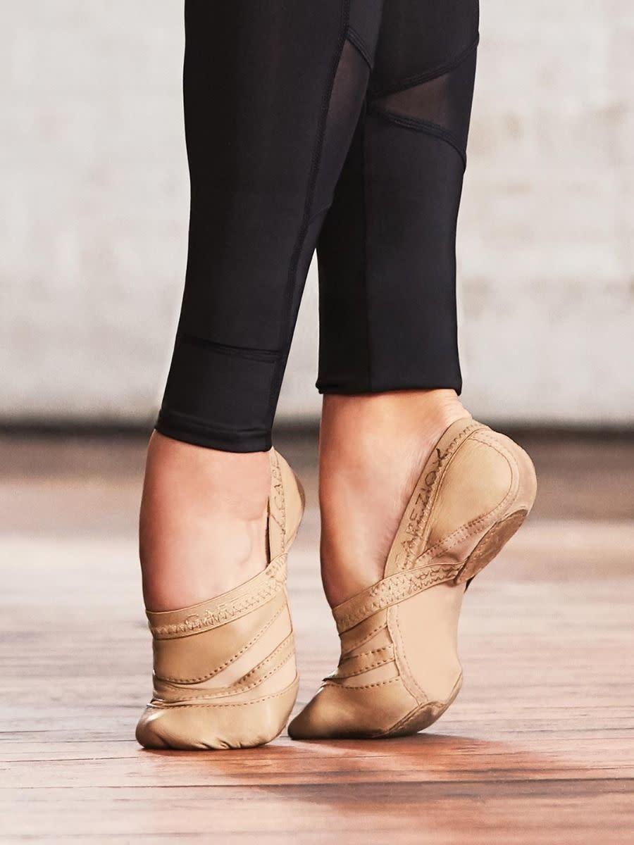 Capezio FF01 Seamless Stretch Freeform Dance Shoe