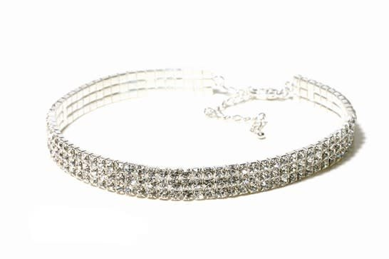 FH2 AZ0005 3 row Crystal Choker Adult
