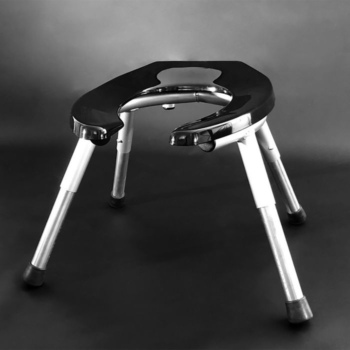 Rim Seat-Adjustable Legs