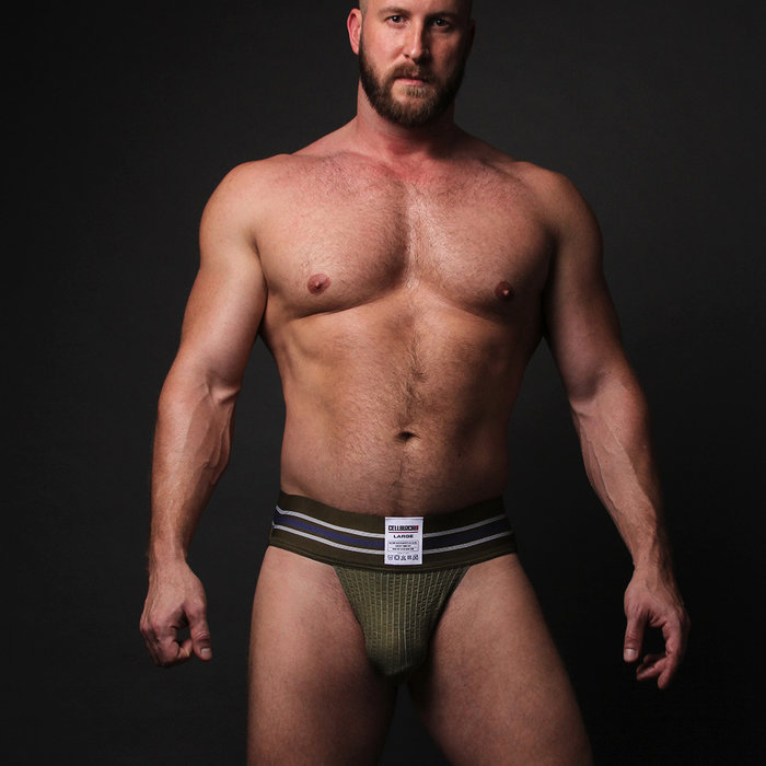 Cellblock, Tight End Jock