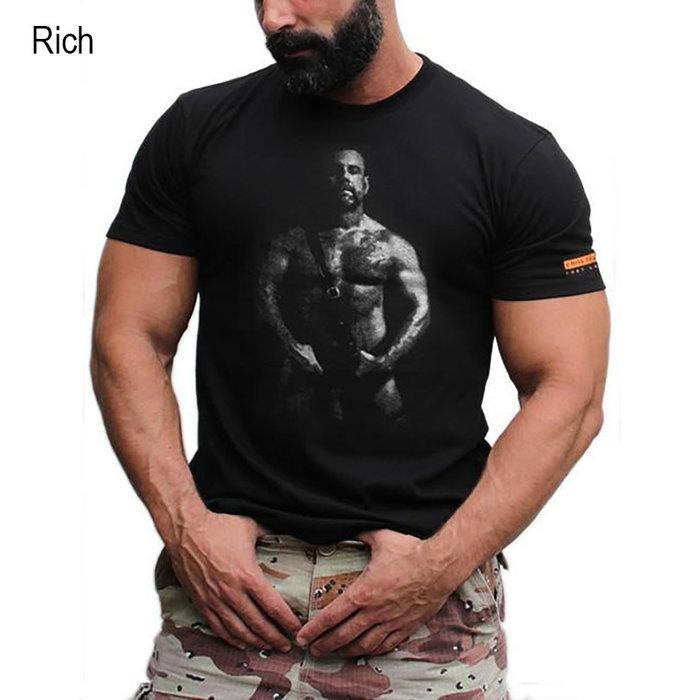 T-Shirt, Rich