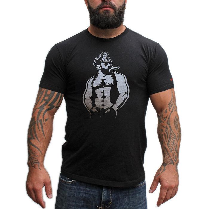 T-shirt, Leather Cigar