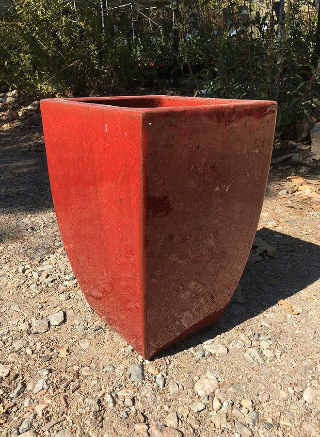 Pot - Bright Camellia Curved Dark Red