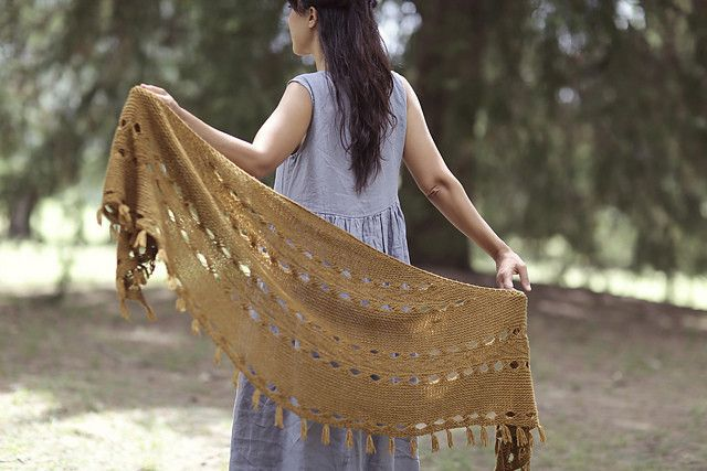 Ravelry Patterns Hipster Shawl by Joji Locatelli
