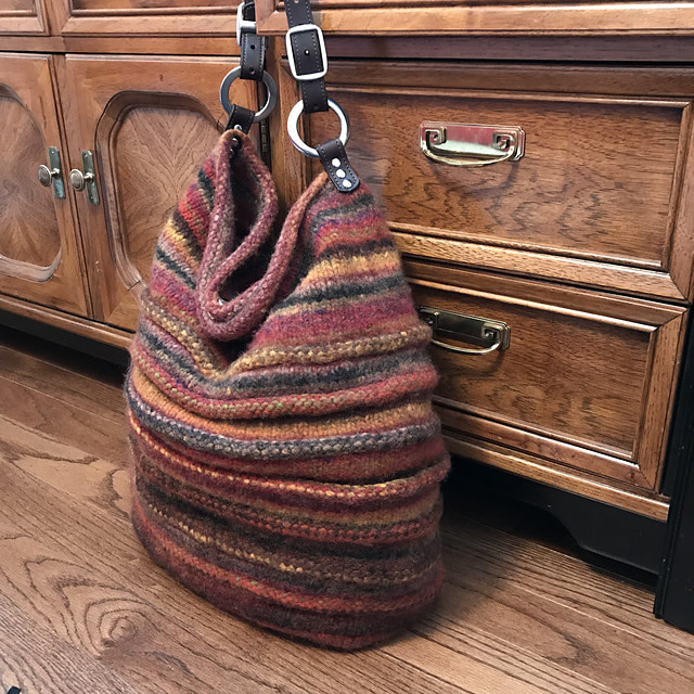 Ravelry Patterns #147 Bedouin Bag in 3 Sizes by Nora J. Bellows