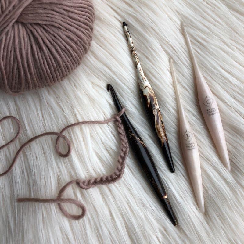 Furls Furls Streamline Swirl Crochet Hooks