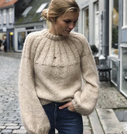 Sunday Sweater by PetiteKnit Kit