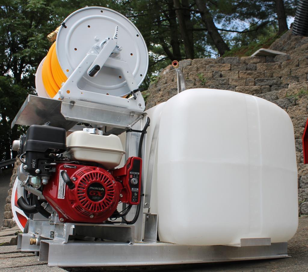 R&K Pump Sprayer with: Easy Start Honda 5.5 hp Engine • Udor Kappa 25 Diaphragm Pump