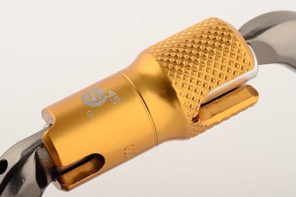 DMM Carabiner, Ultra D Locksafe ANSI, 30Kn Titanium/Gold