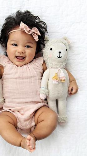 Cuddle + Kind Lola The Llama Small