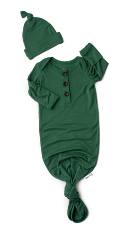 Gigi And Max Hunter Green Gown/Hat