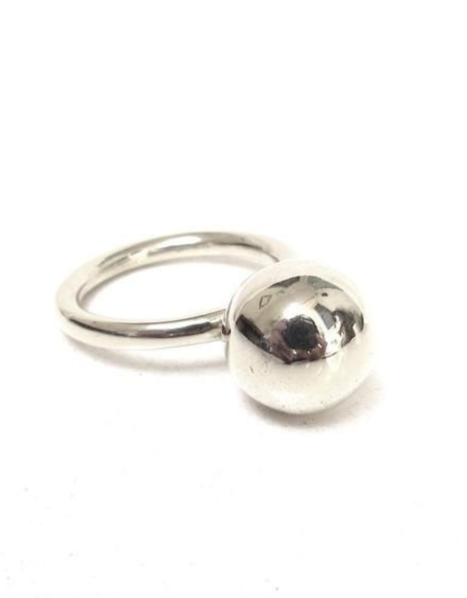 Jacqueline Rose Globe Ring - Silver