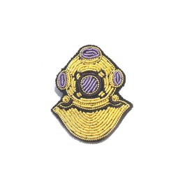 Macon & Lesquoy Diving Suit Pin