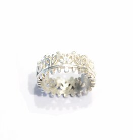 Himatsingka Madeline 2 Leaf Crown Ring