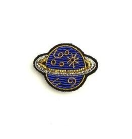 Macon & Lesquoy 'Saturn' Pin