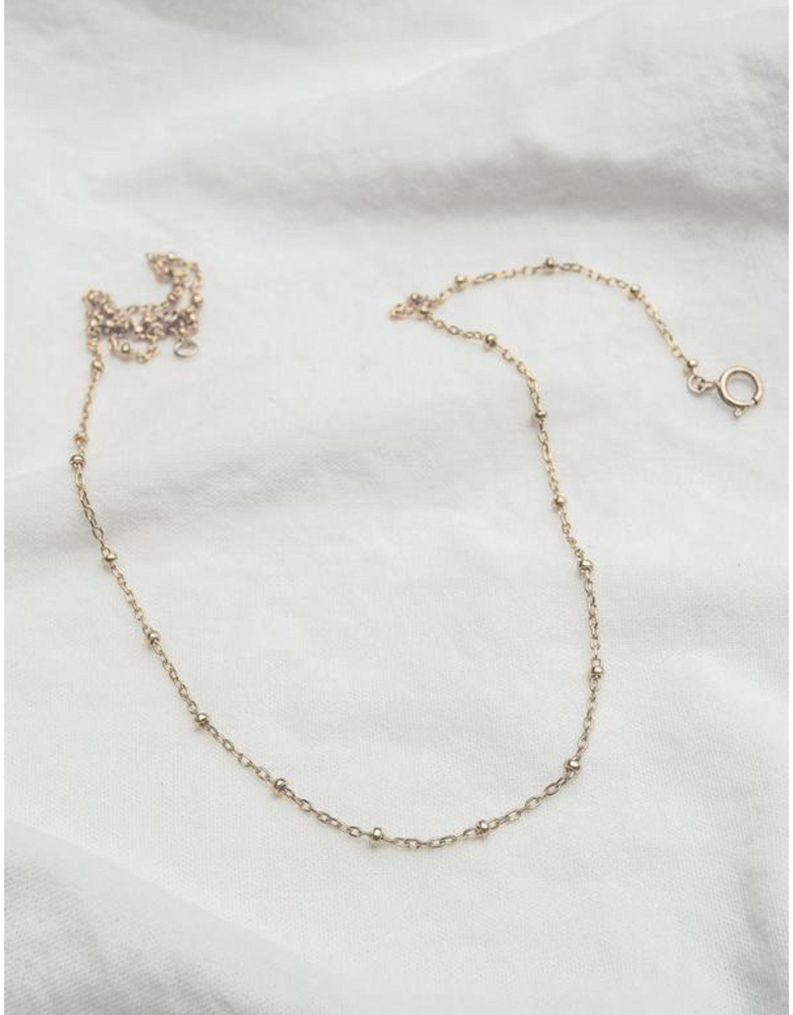 Hart + Stone Dotted Necklace - Gold Filled