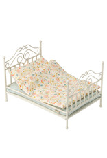 Maileg Victorian Vintage Micro Bed - Soft Sand