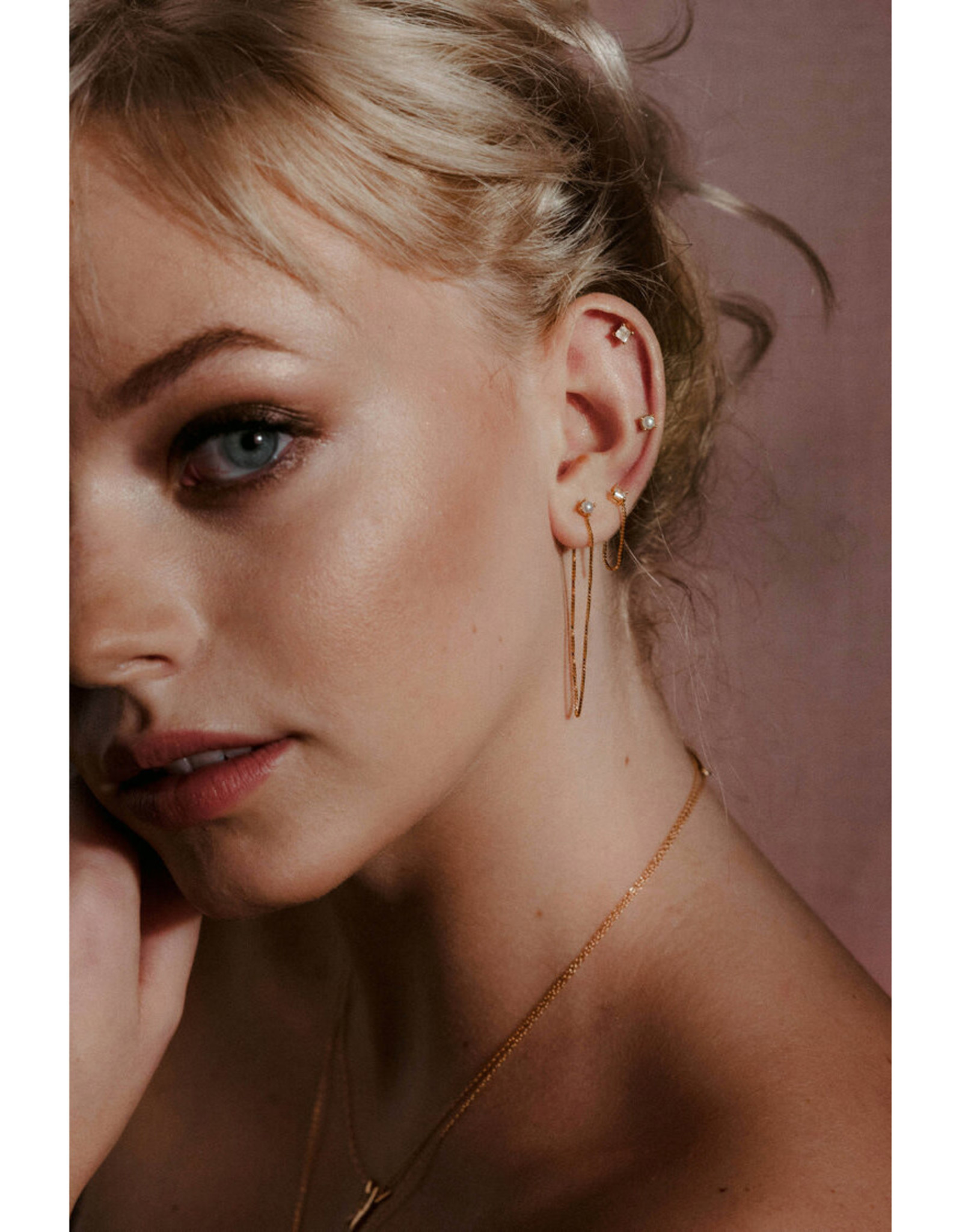 Sarah Mulder Jewelry Gold Alex Long Chain Studs - Pearl