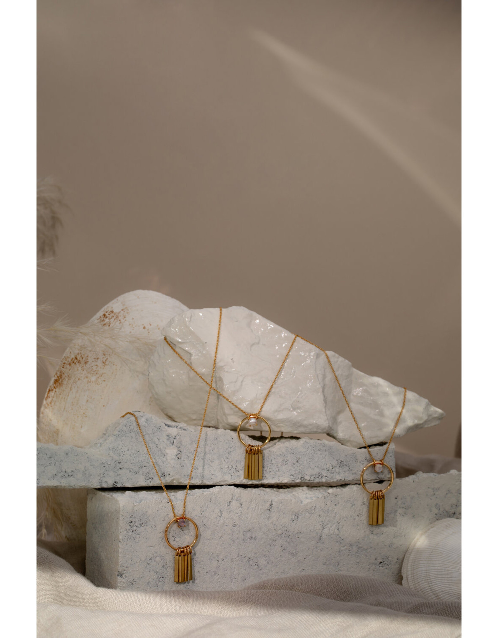 Hailey Gerrits Designs Arbutus Necklace - Pearl
