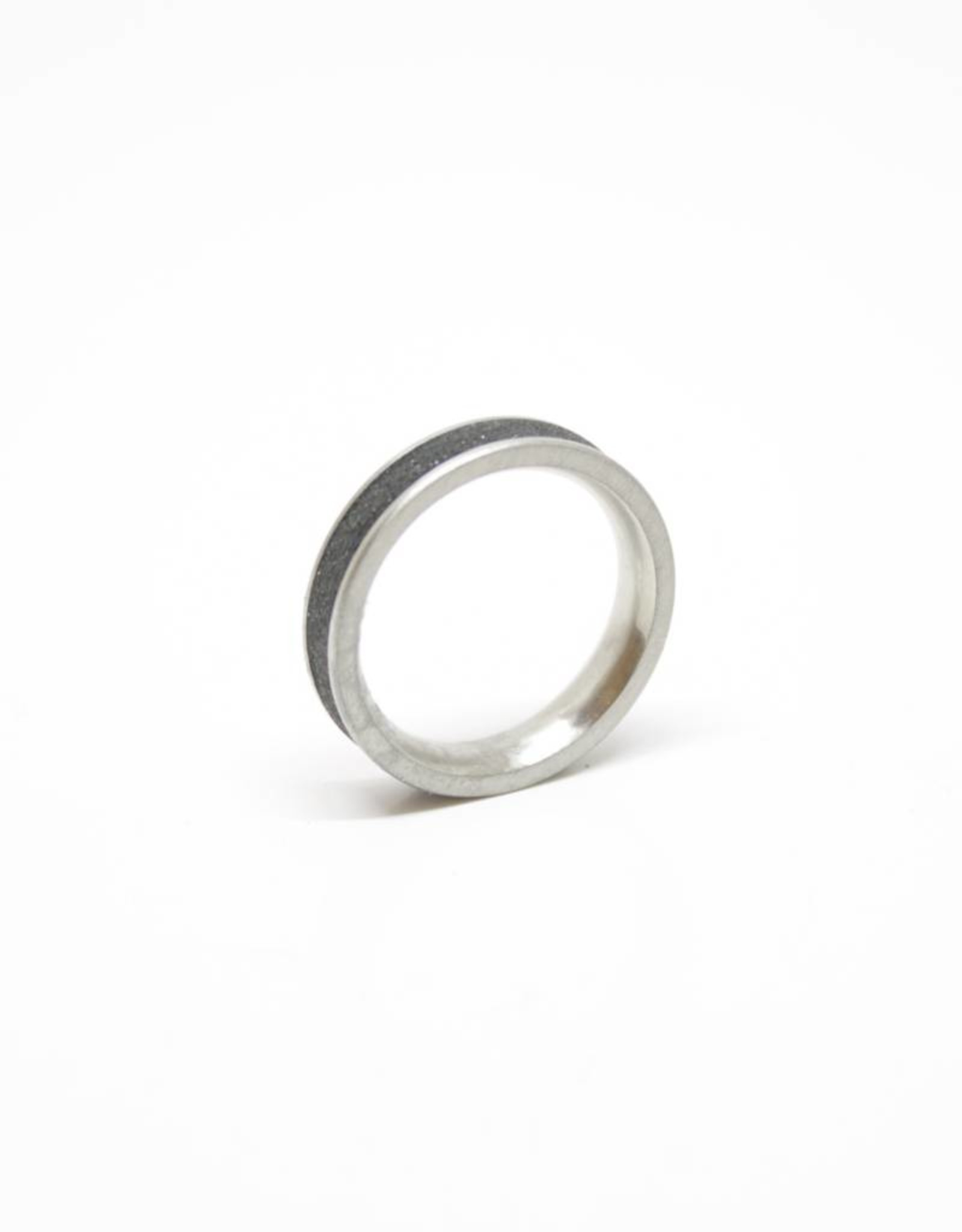 Konzuk Coal Black Concrete Ring with Diamond Dust - Thin