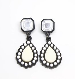 Finn Liz Earrings - Ivory