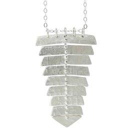 Sarah Swell Fishbone Single Necklace