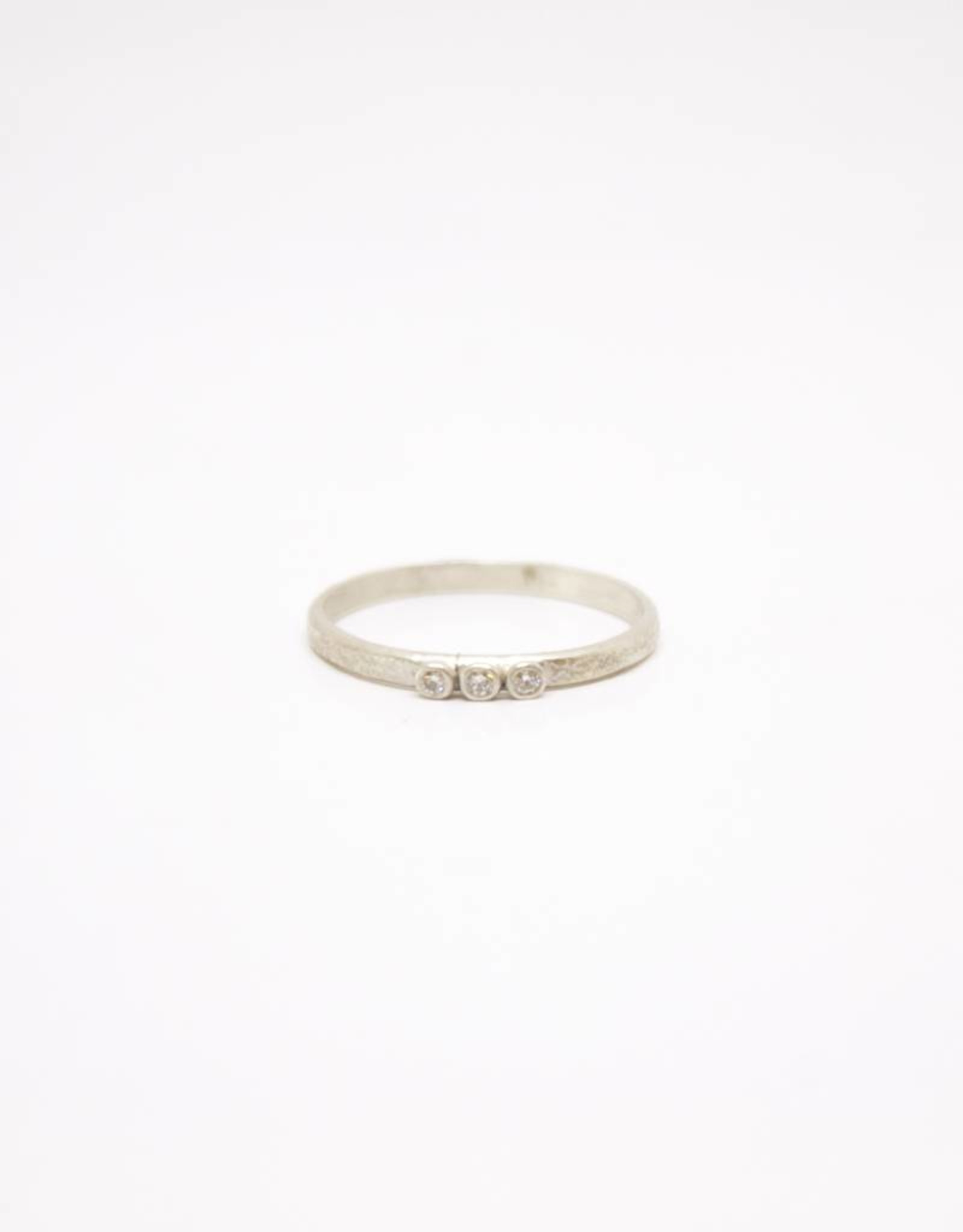 Sarah Swell Weathered Stacking Ring - 3 Diamond