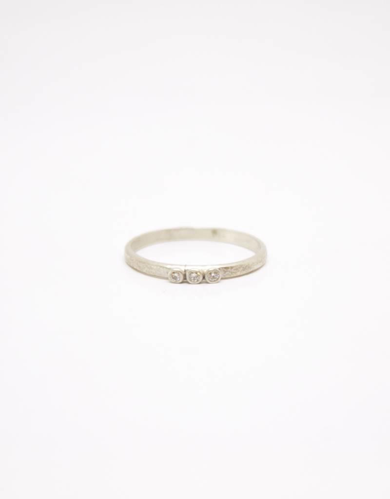 Sarah Swell Weathered Stacking Ring - 3 Diamond
