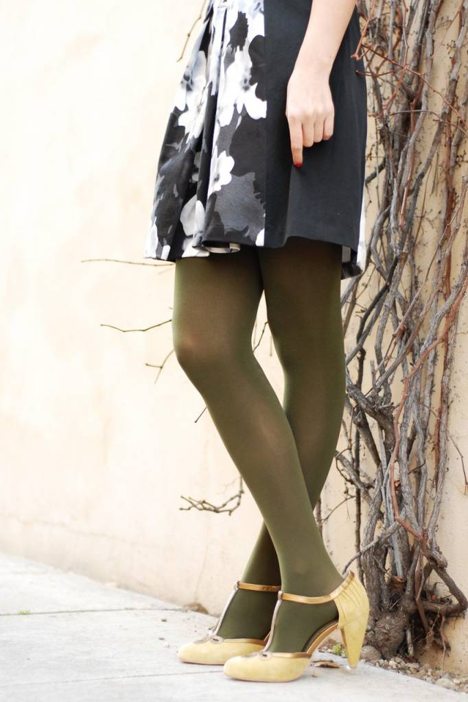 Tabbisocks Opaque Tights  Olive