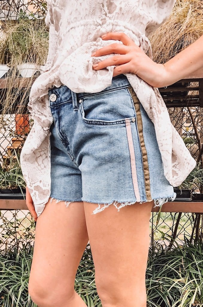 Unpublished Laine Shorts in Dash