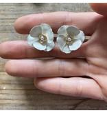 Erin Mcdermott Jewelry Spanish Flower Studs Ivory