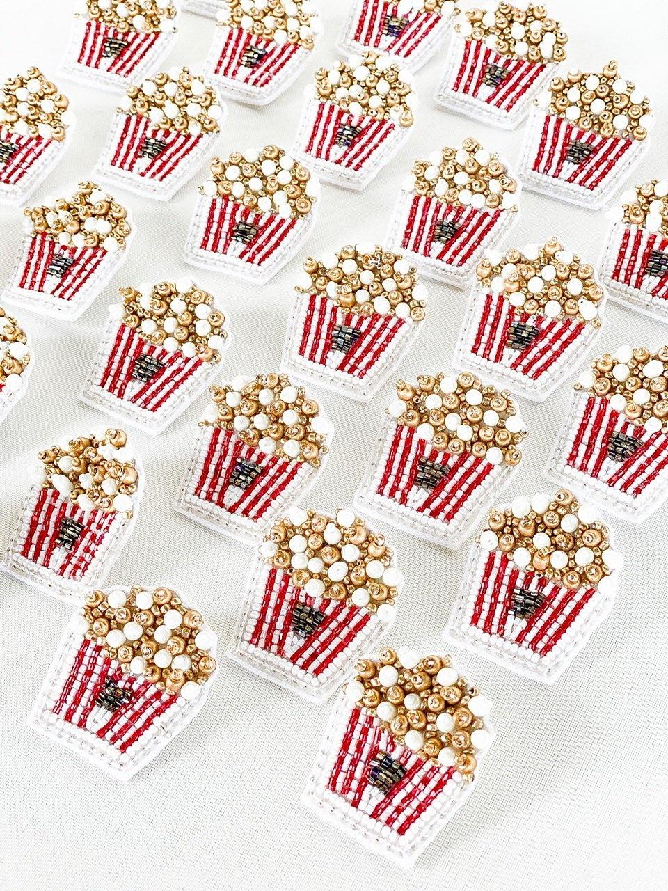 Dos Femmes Popcorn Earrings
